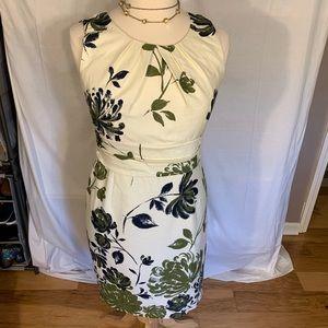 Jones New York linen look cotton floral dress. 14